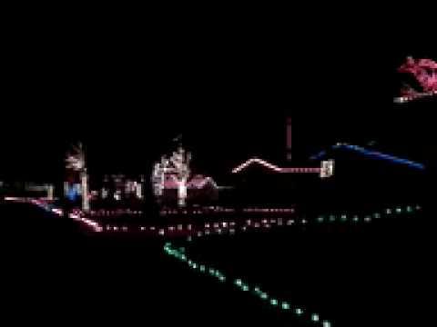 Part 2...Entire Block Synchronized Christmas Lights Oklahoma City