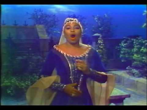 """Leontyne Price sings """"Tacea la notte placida"""""""