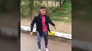 Algerien fou d'akbou  Dance Kabyle au milieu de la rue