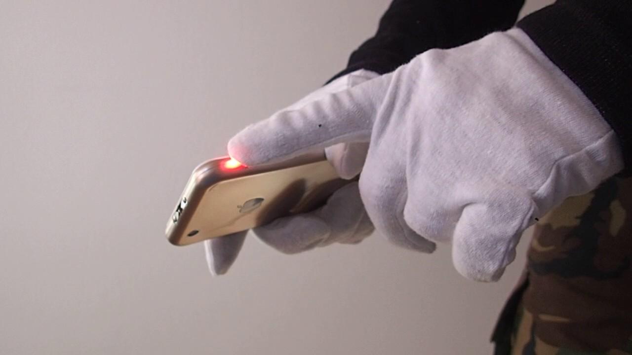 S06 Stun Gun + LED Flashlight - Appearance iPhone 6