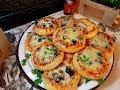 طريقة عمل البيتزا فطائر البيتزاء بعجينه مميزه .مع طريقه تشكيل مميزه..تابعوها من اطيب الوصفات فيديو من يوتيوب