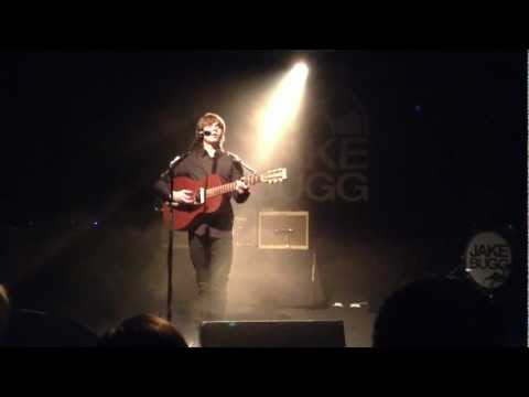 Jake Bugg - Someone Told Me { new song } live @ Postbahnhof Berlin Germany 18.03.2013