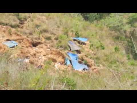 illegal gold mine on road in kuta Lombok