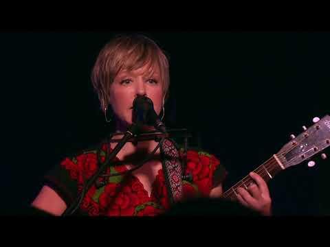 Emily Barker - Dear River Live in Berlin...