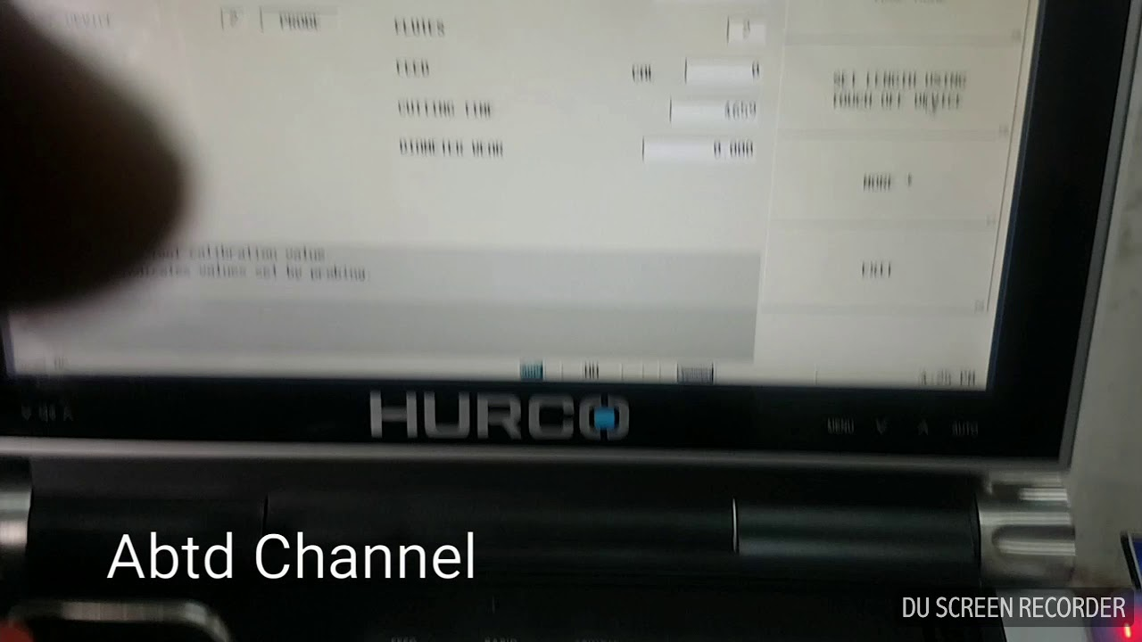 CNC HURCO VMX30I Tool change and tool Offset use to tool probe