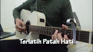 Video The Rain -Terlatih Patah Hati (Fingerstyle Cover) download MP3, 3GP, MP4, WEBM, AVI, FLV November 2017