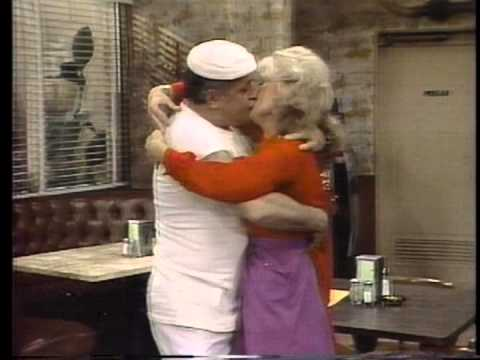 Download CBS Sunday night promos  Archie Bunker's place  Alice  Trapper John - 03-02-80