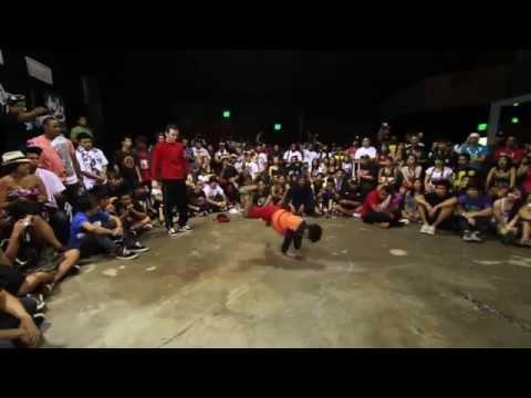 رقص طفل خارق يهزم شاب، كم مذهل ؟ thumbnail