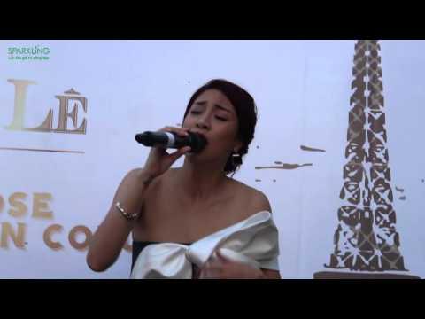 Pha Lê hát nhạc Pháp khoe giọng live cực hay