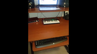 On stage WS7500 Workstation Desk review