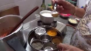Соя потейто карри - индийское блюдо из сои и картофеля.