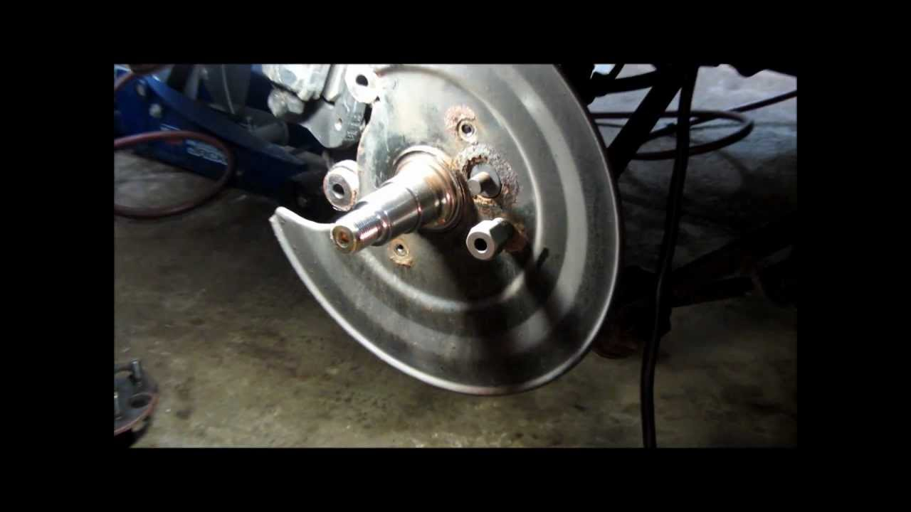 Honda Rear Wheel Bearing Part 1 Wmv Youtube