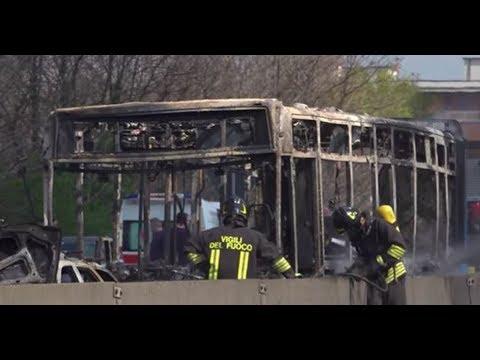 Einwanderer-Terror in Italien: Senegalese zündet Schulbus an!
