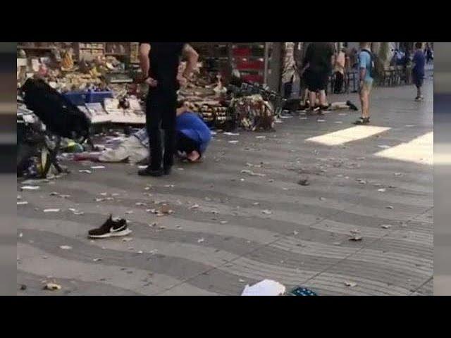 <h2><a href='https://webtv.eklogika.gr/varkeloni-akougame-anthropous-na-ourliazoun-lei-aftoptis-martyras' target='_blank' title='Βαρκελώνη: «Ακούγαμε ανθρώπους να ουρλιάζουν» λέει αυτόπτης μάρτυρας'>Βαρκελώνη: «Ακούγαμε ανθρώπους να ουρλιάζουν» λέει αυτόπτης μάρτυρας</a></h2>