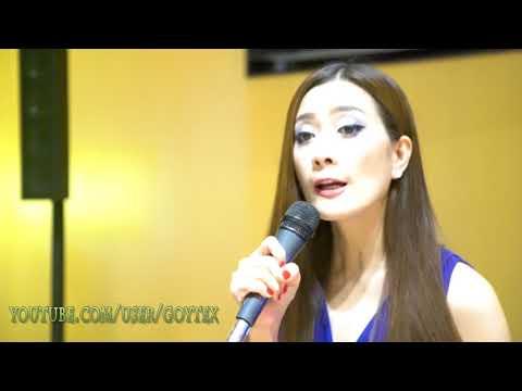 Sister golden hair - America TERESA
