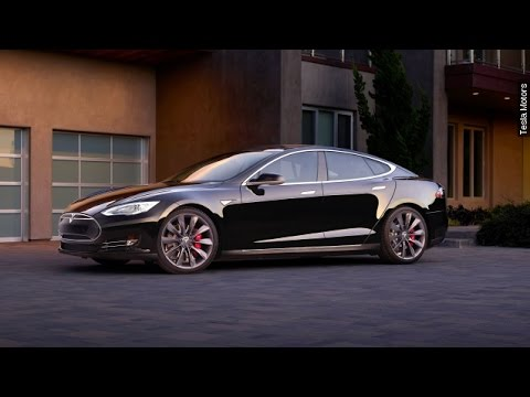 Elon Musk Reveals When You Can Buy The $35K Model 3 Tesla - Newsy