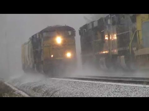 A CSX Meet in the Snowstorm at Montevideo Road