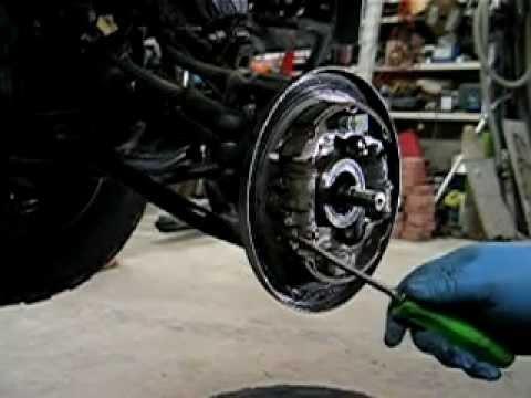 Honda TRX foreman ATV 4X4 wheel bearing repair