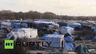 Беженцы во французском Кале покинули палаточный лагерь в преддверии сноса(, 2016-01-15T11:35:56.000Z)