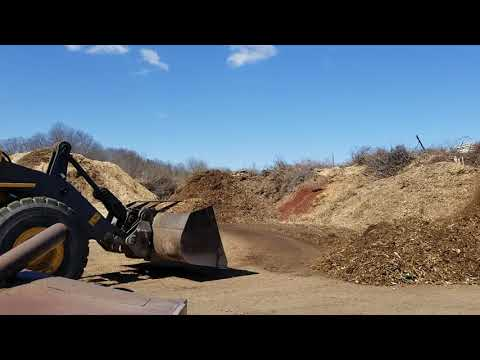 Dane County: Recycling wood waste with a tub grinder