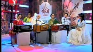"""Nashid Kamal and Mustafa Zaman Abassi Folk Song """"Dheerey Kene Bao"""""""