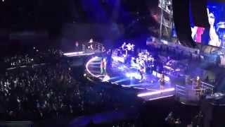 Robbie Williams-We Will Rock You, I Love Rock N Roll & Monsoon-Let Me Entertain You Tour 2015-Madrid