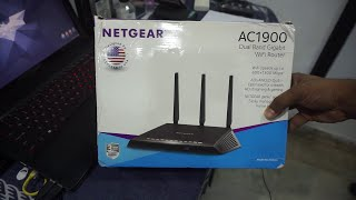 Netgear R6800 AC1900 Router Unboxing and First Look