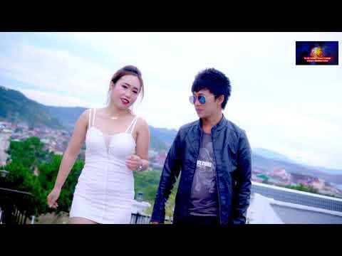 Yeej Lis & Nkauj Ntxawm Thoj-Puas Muaj Neeg Pab Tau Kuv thumbnail