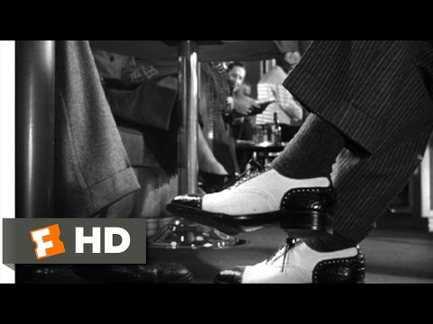Meeting on the Train - Strangers on a Train (1/10) Movie CLIP (1951) HD