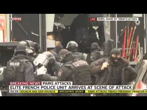 Elite Police Arrive At Scene Of Second Paris Attack