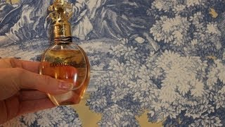 A Fragrance Inspired Styling: Roberto Cavalli for Her
