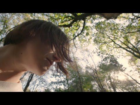 Keeley Forsyth - Debris (Official Video)