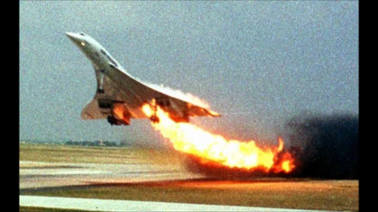 Aereo Da Combattimento Usa : Filmato aerei e navi da guerra youtube