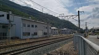 しなの鉄道115系S11編成(コカコーララッピング電車) 屋代駅入線