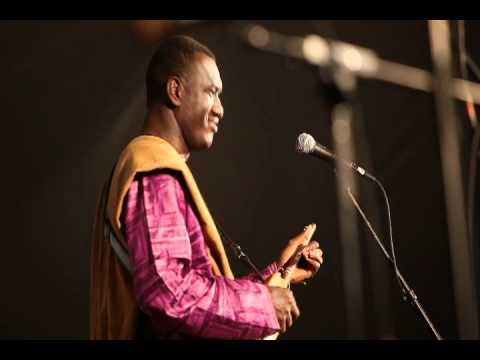 Bassekou Kouyate & Ngoni Ba of Mali play at the Richmond Folk Festival
