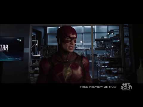 Сериальный ФЛЭШ встречает Барри Аллена из Лиги Справедливости