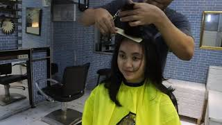 Download Video GALAU - POTONG RAMBUT CEWEK CANTIK SAMPAI 2X - BAGUSAN MANA !! MP3 3GP MP4