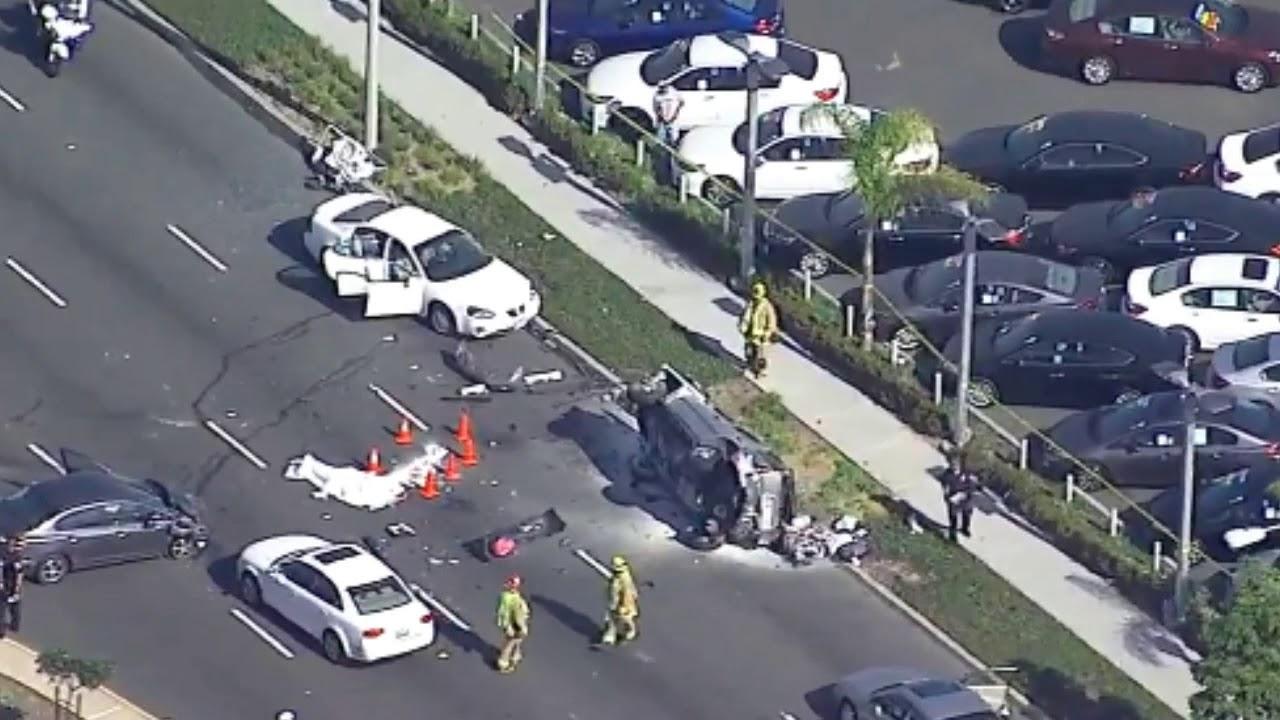 NEWS CAR violent 5-car hit-and-run crash in Torrance