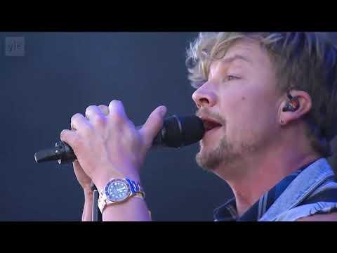 Sunrise Avenue - Dreamer - Live at Ruisrock Festival 2018