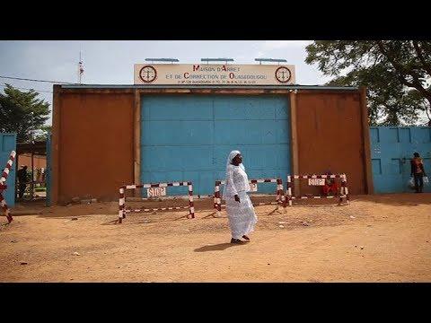 BURKINA FASO:  Les mères en prison avec leurs bébés