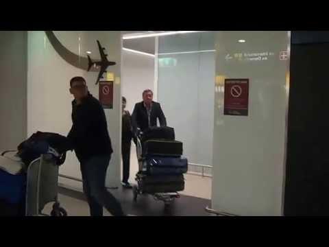 Mom arriving at Melbourne Tullamarine International Airport