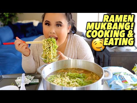 KOREAN RAMEN NOODLES + GIANT PRAWNS (COOKING AND EATING) MUKBANG 먹방 EATING SHOW!