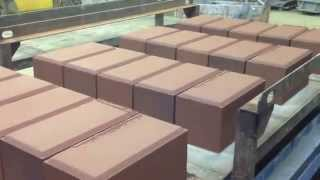 видео: Производство облицовочного блока с фаской