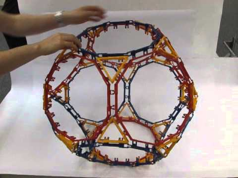 Polyhedra With Articulated Faces : Truncated Dodecahedron