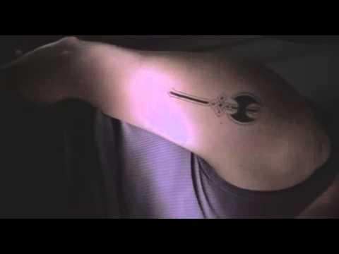 bound 1996 sex scene