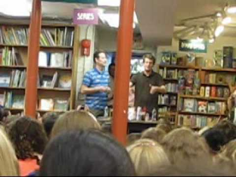 Politics and Prose DC Nerdfighter Gathering - Part 1/5