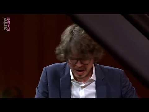 Camille Saint-Saëns Piano Concerto no 5. Lucas Debargue