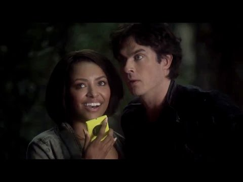 The Vampire Diaries: Bonnie & Damon on The Other Side - Comic-Con 2014 thumbnail