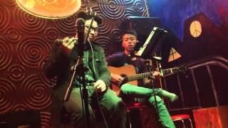 Chỉ còn lại tình yêu - Anh Tân và chàng guitar nigga :|