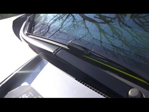 install  replace windshield wipers demonstrated   honda cr  youtube